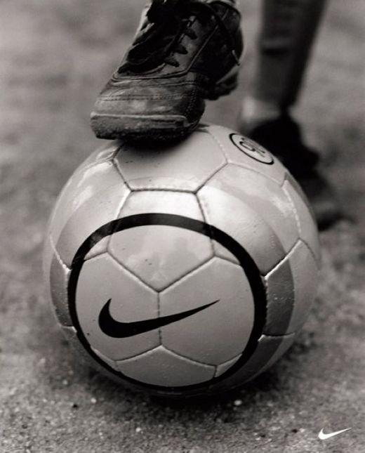 足球世界杯精彩平面设计赏析