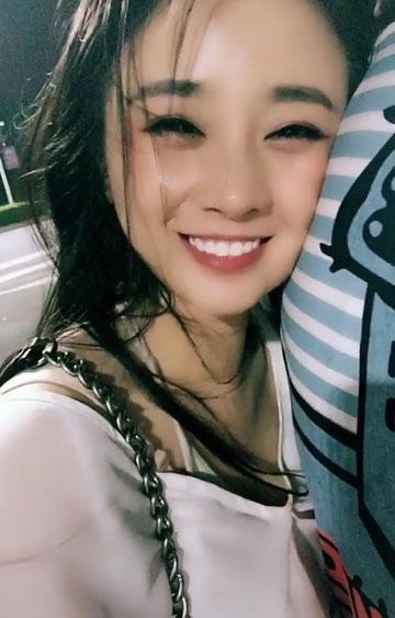 笑容最甜美的女孩 看看就感觉很幸福